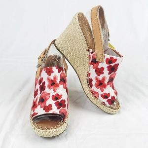 NWT Toms Monica Poppy Watercolor Floral Wedges